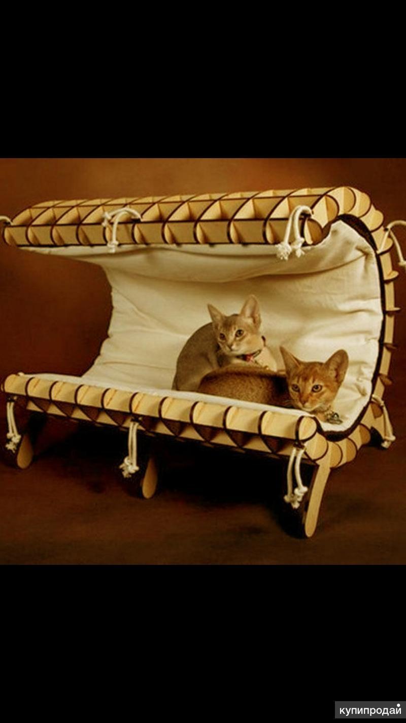 Лежанка для кошки.