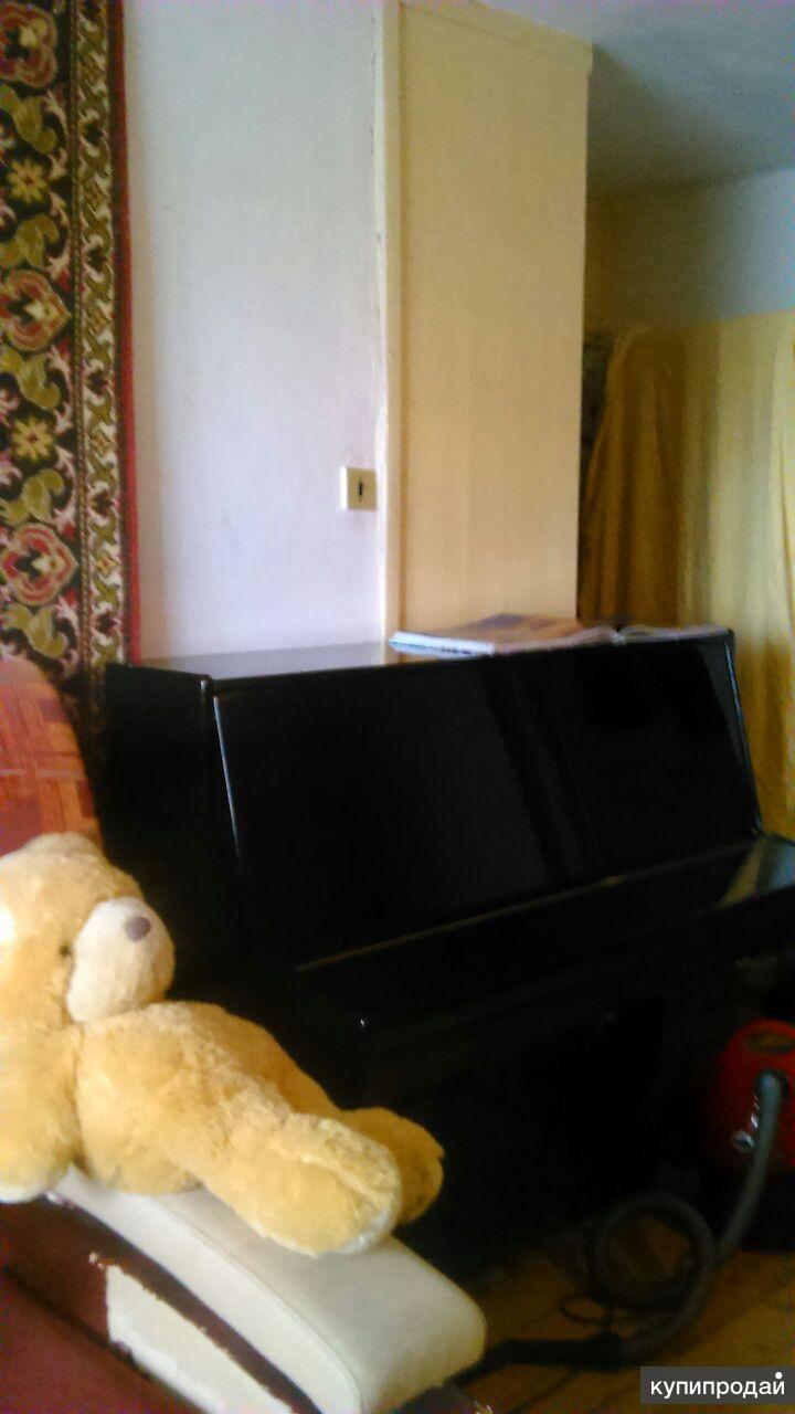 Продам пианино. Возможен торг.