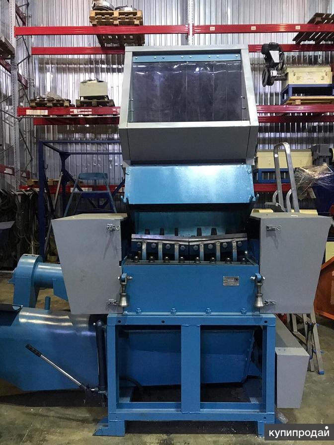 Дробилка для пленки и ПЭТ PZO 800-DLS с моющим шнеком
