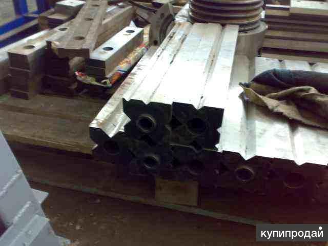 Изготовление и ремонт матриц и пуансонов для листогибов.