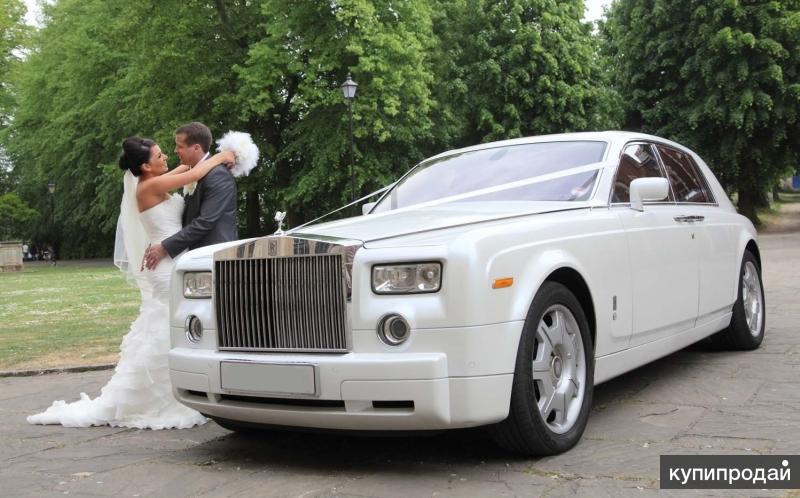 Лимузины и свадебные кортежи.