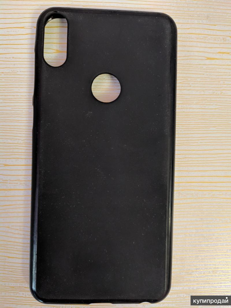 Продам один чехол и защитное стекло для смартфона Asus zenfon max pro