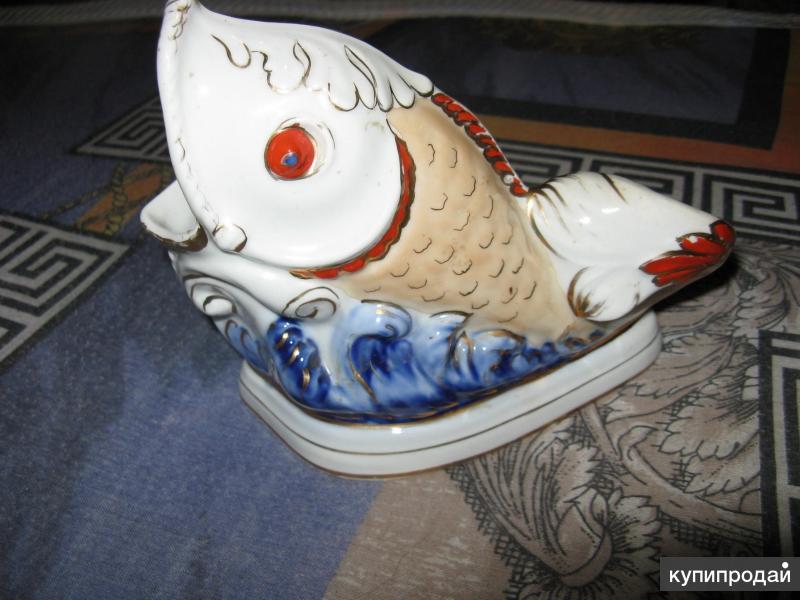 Золотая Рыбка в Пене Морской