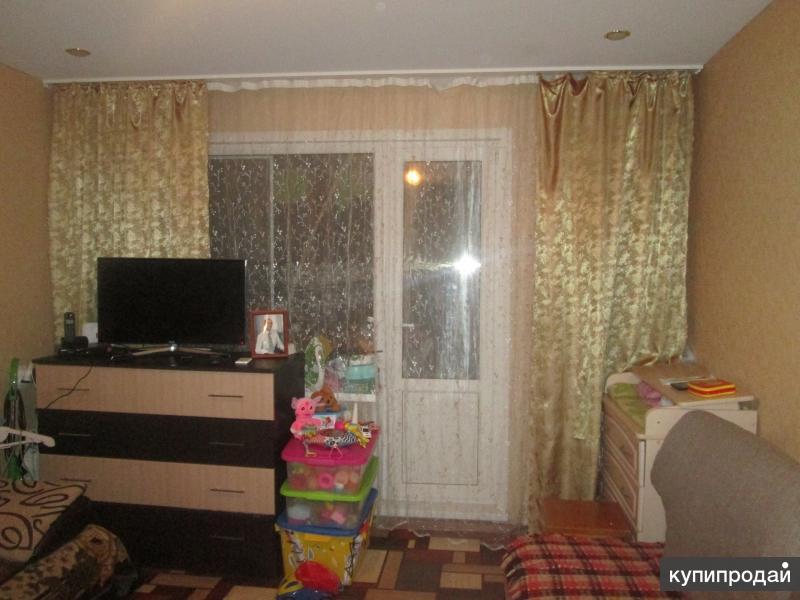 Продается СРОЧНО 1 комнатная квартира 2 этаж не угловая