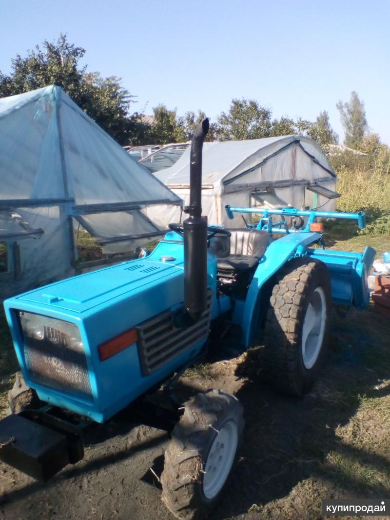 Мини трактор Исеки17