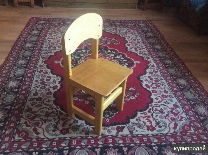 Детский стул ручной работы.