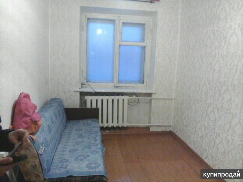 Комната в 3-к 10 м2, 1/2 эт.