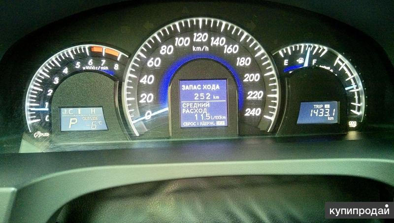 щиток приборов Toyota Camry v50