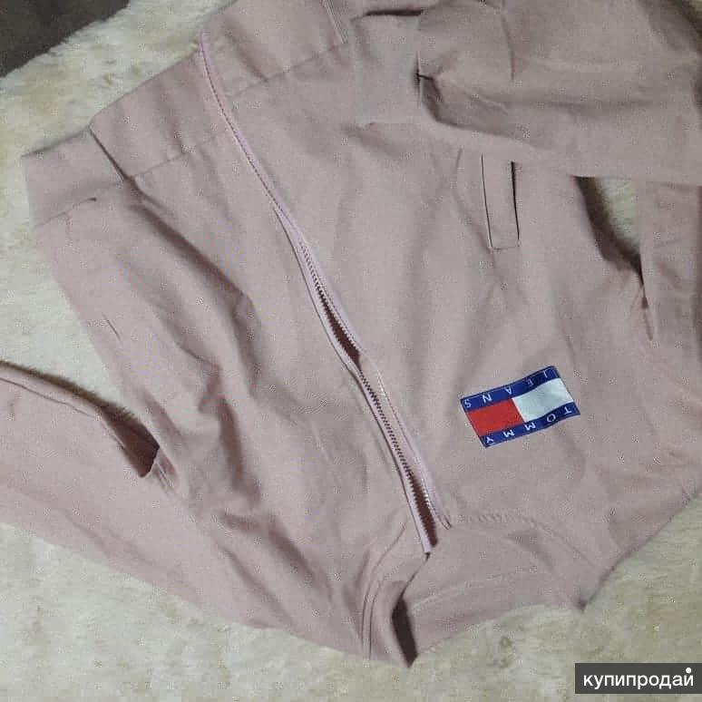 Розовый бомбер
