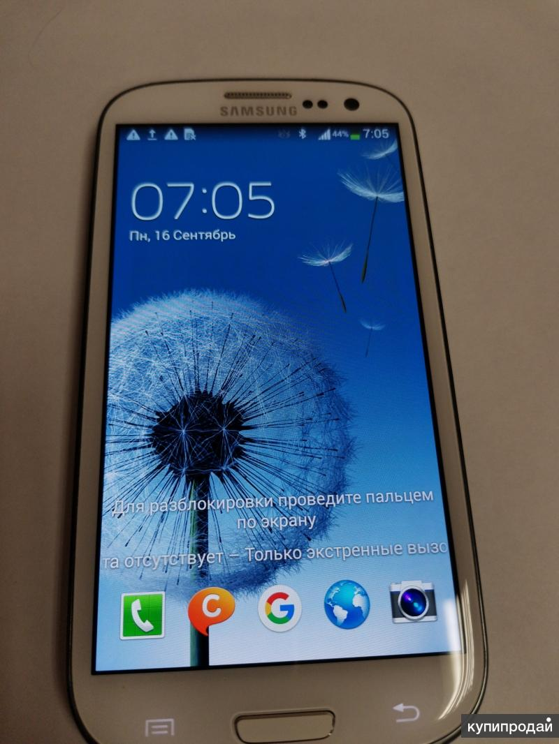 Samsung Galaxy S III GT-I9300 16Gb (белый)