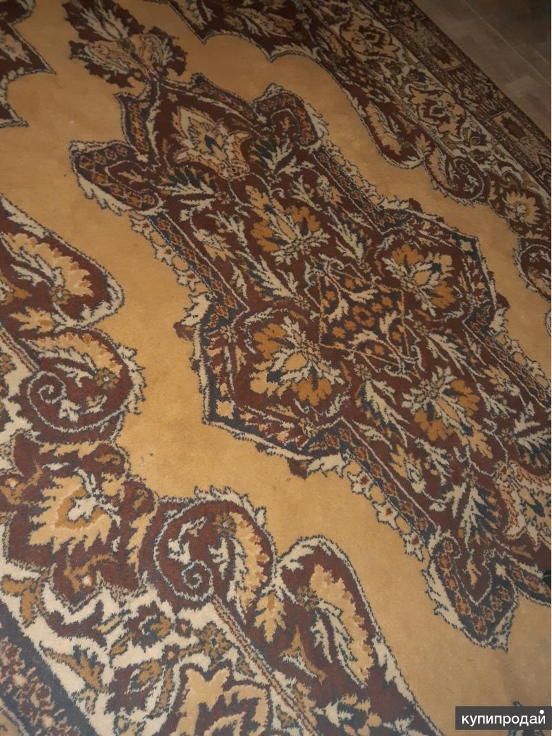 Продам шерстяной ковёр