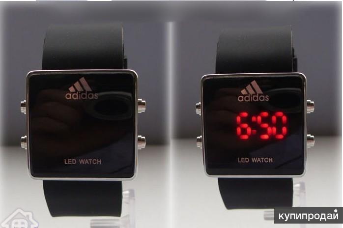 Стильные спортивные часы