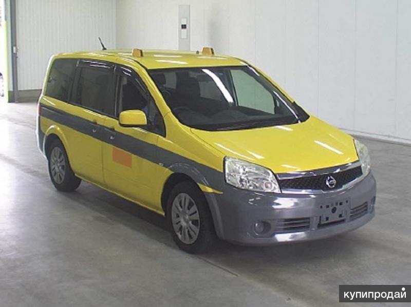 Nissan  Lafesta  7-ми местный минивен