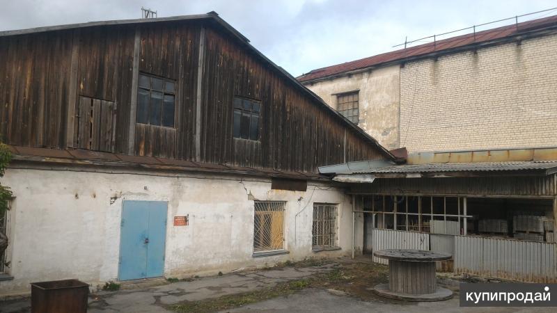Часть производственно-складской базы 3 объекта с землей Свердловская обл.