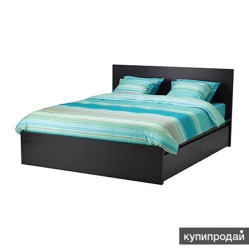 Срочно продам кровать с тумбами