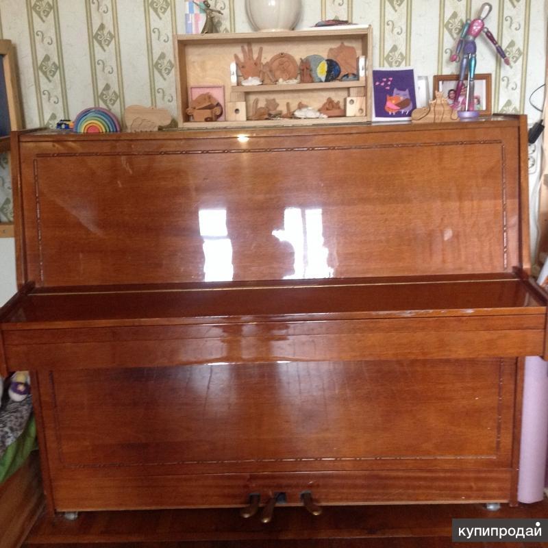 Пианино Красный Октябрь 1987