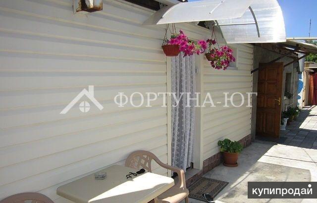 Продается часть домовладения в г. Анапа площадью 40 кв.м на участке 2,5 сотки.