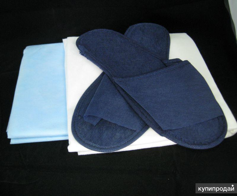 Одноразовые тапочки, простыни, полотенца