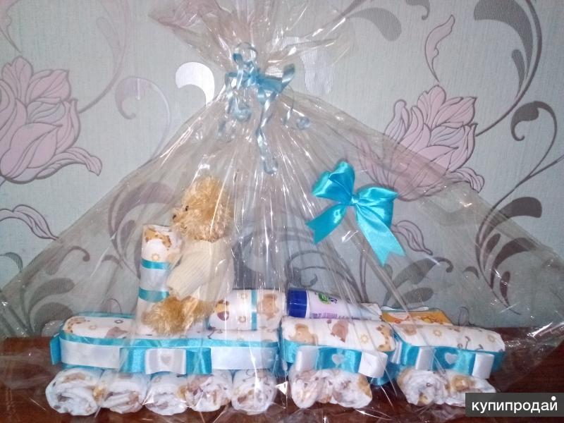 Подарочки из памперсов )