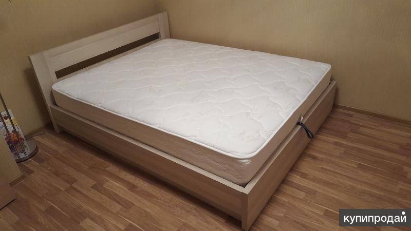 Продажа кровати с матрасом