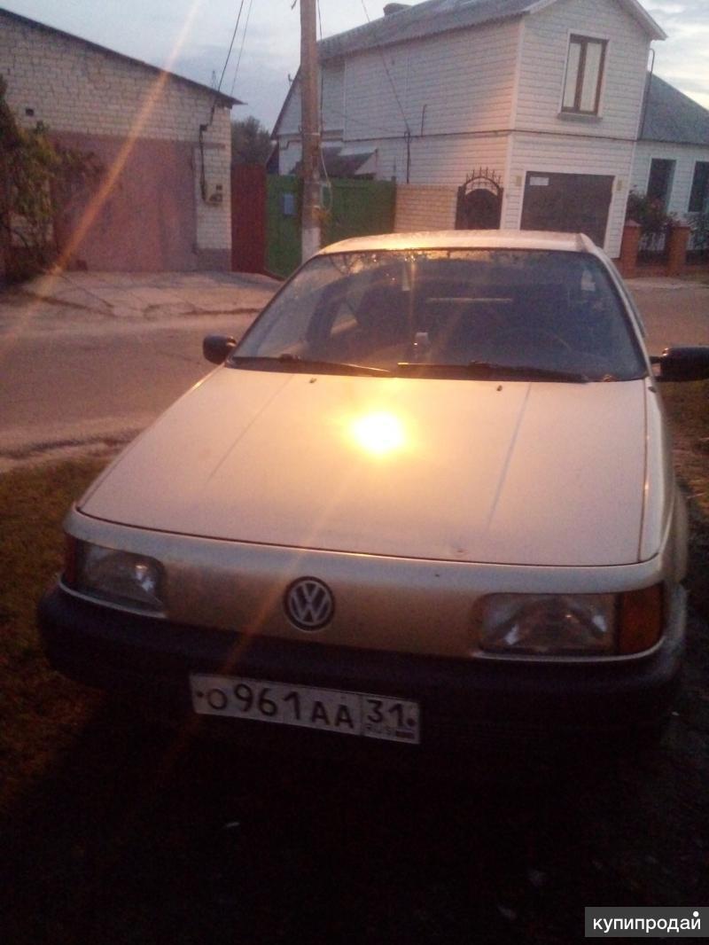 Volkswagen Passat, 1989