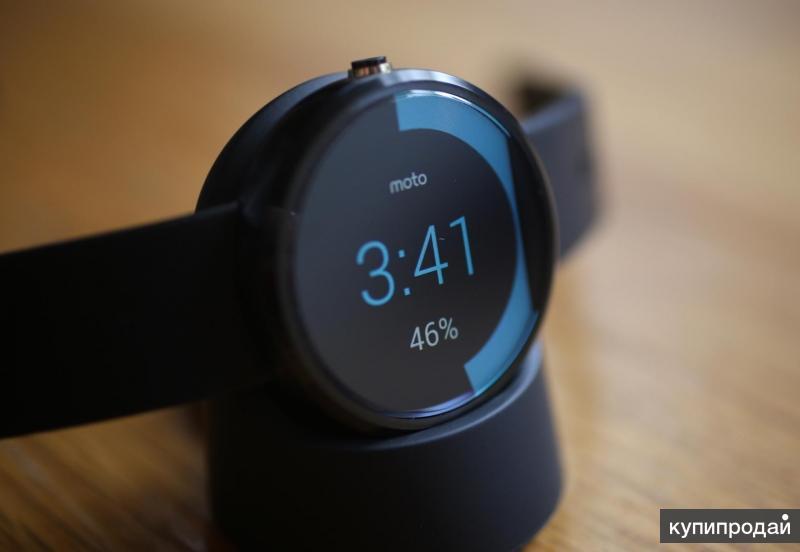 Смарт-часы Motorola Moto 360 (black)