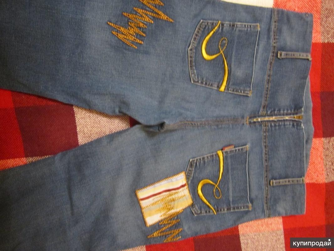 продам джинсы -стрейч с трикотажной вставкой