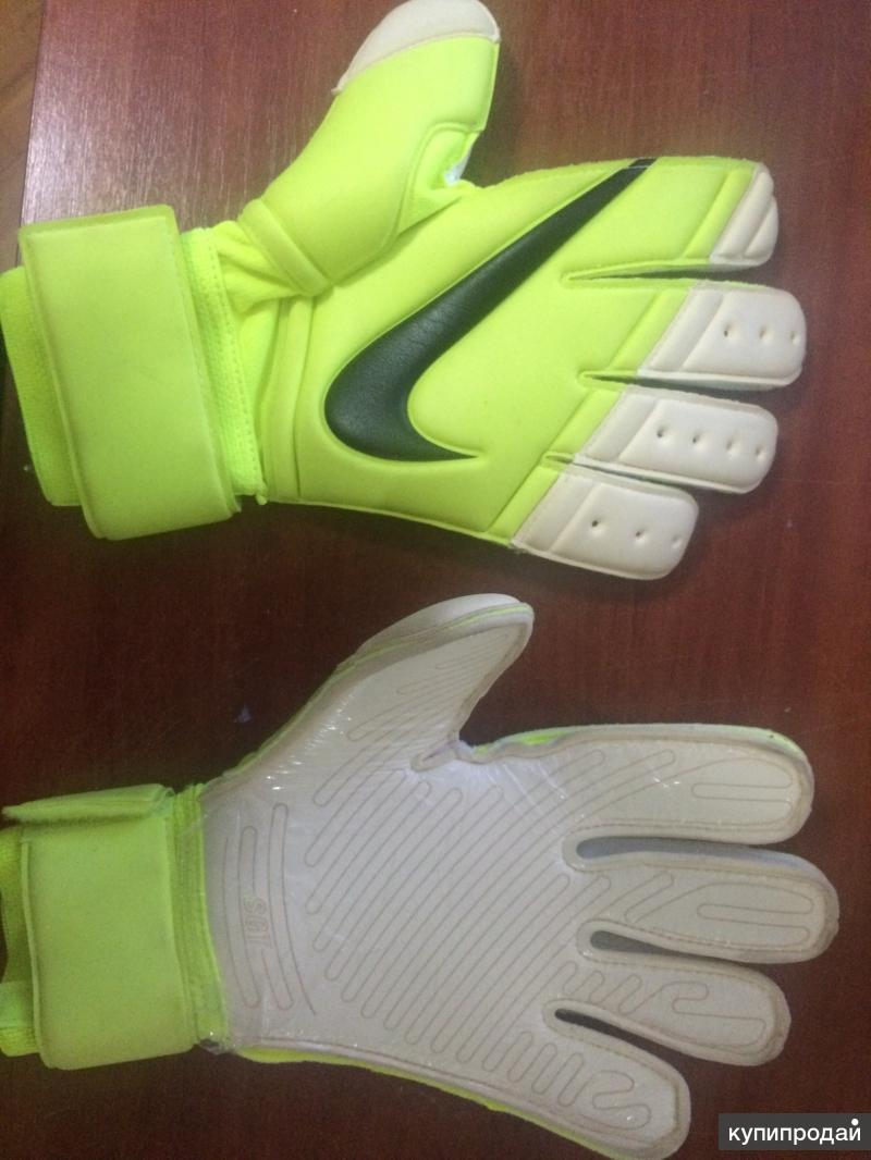 Профессиональные вратарский перчатки STG