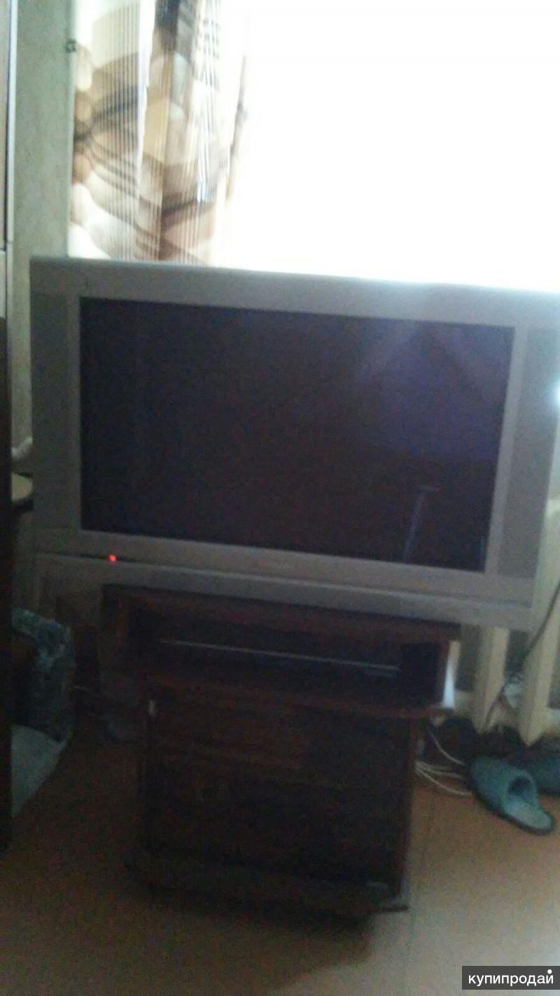 Продаётся телевизор Philips 32 дюйма