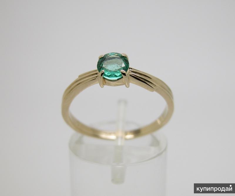 Золотое кольцо с Изумрудом Ф 5.5 мм.