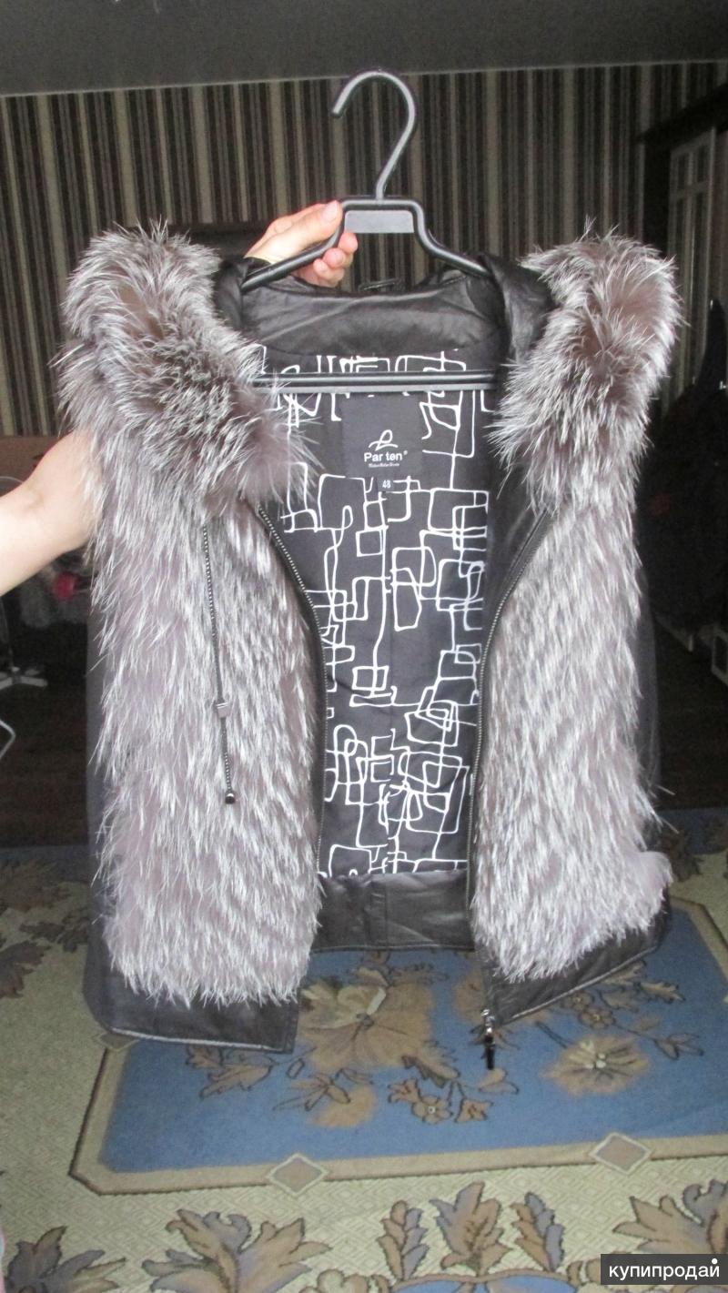 Натуральная меховая жилетка из чернобурки