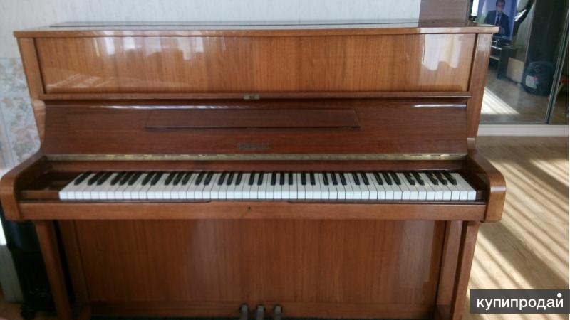 """Продаётся немецкое пианино """"RONICSH"""""""