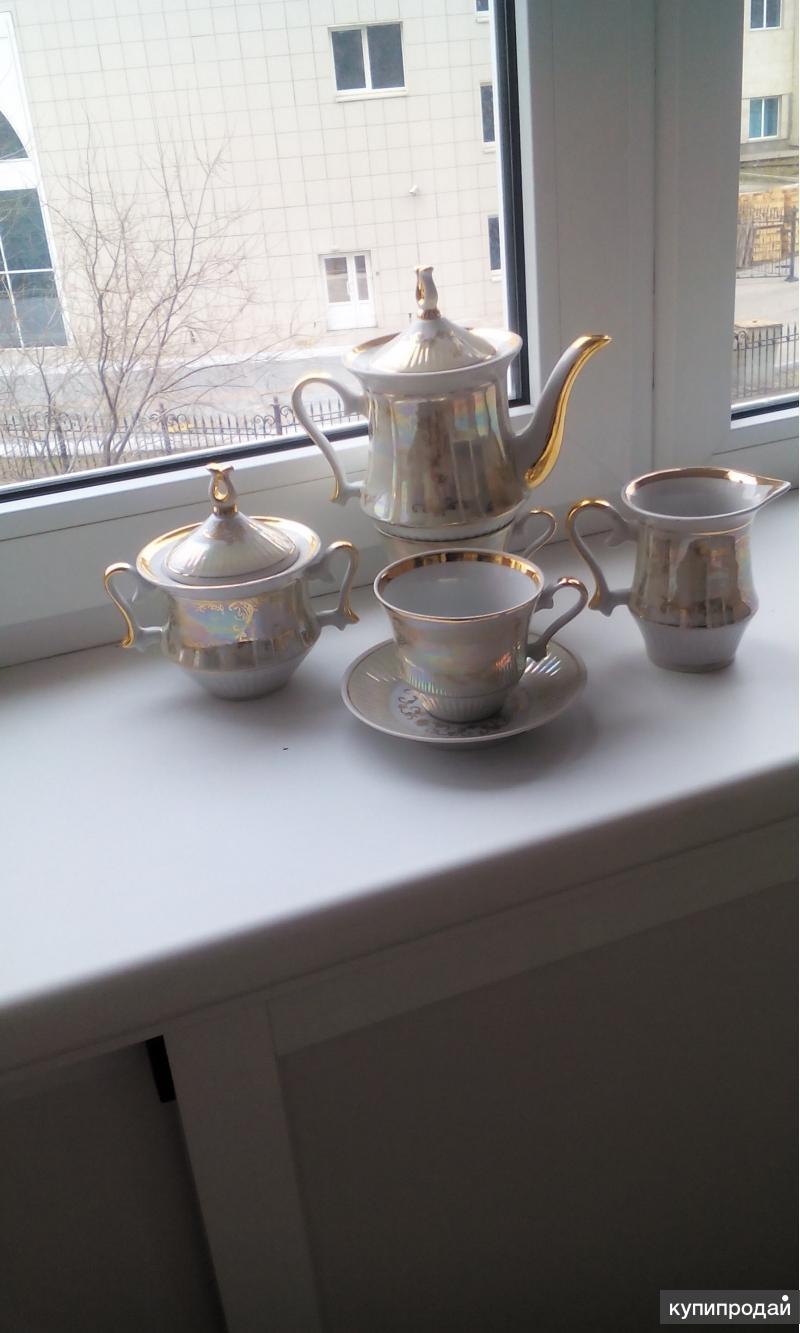 Чайный сервиз на 12 персон