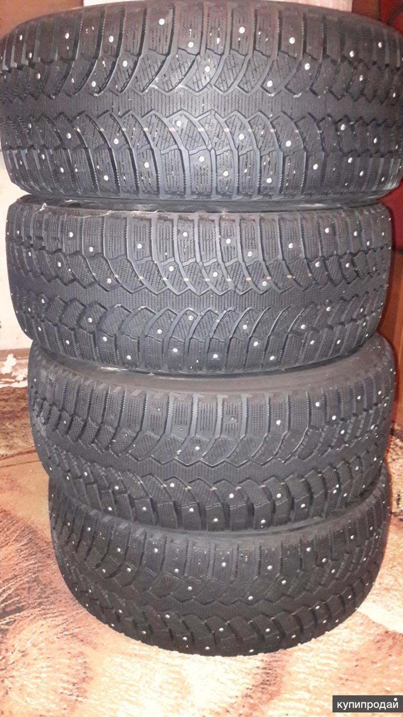 Зимняя резина Bridgestone Blizzak шипованная 235×45×18
