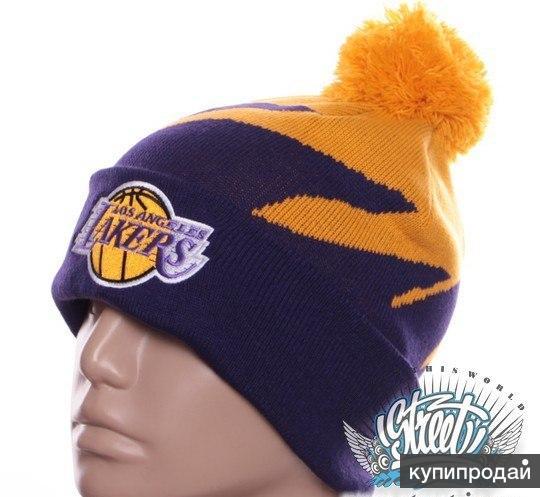 Шапка зимняя Lakers с помпоном баскетбол с доставкой по России