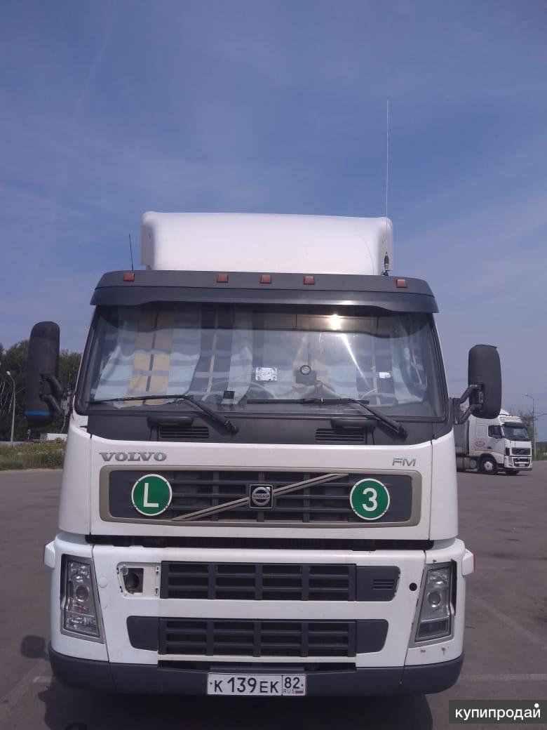Грузовой тягач седельный Volvo FM 9 4x2 (Вольво)