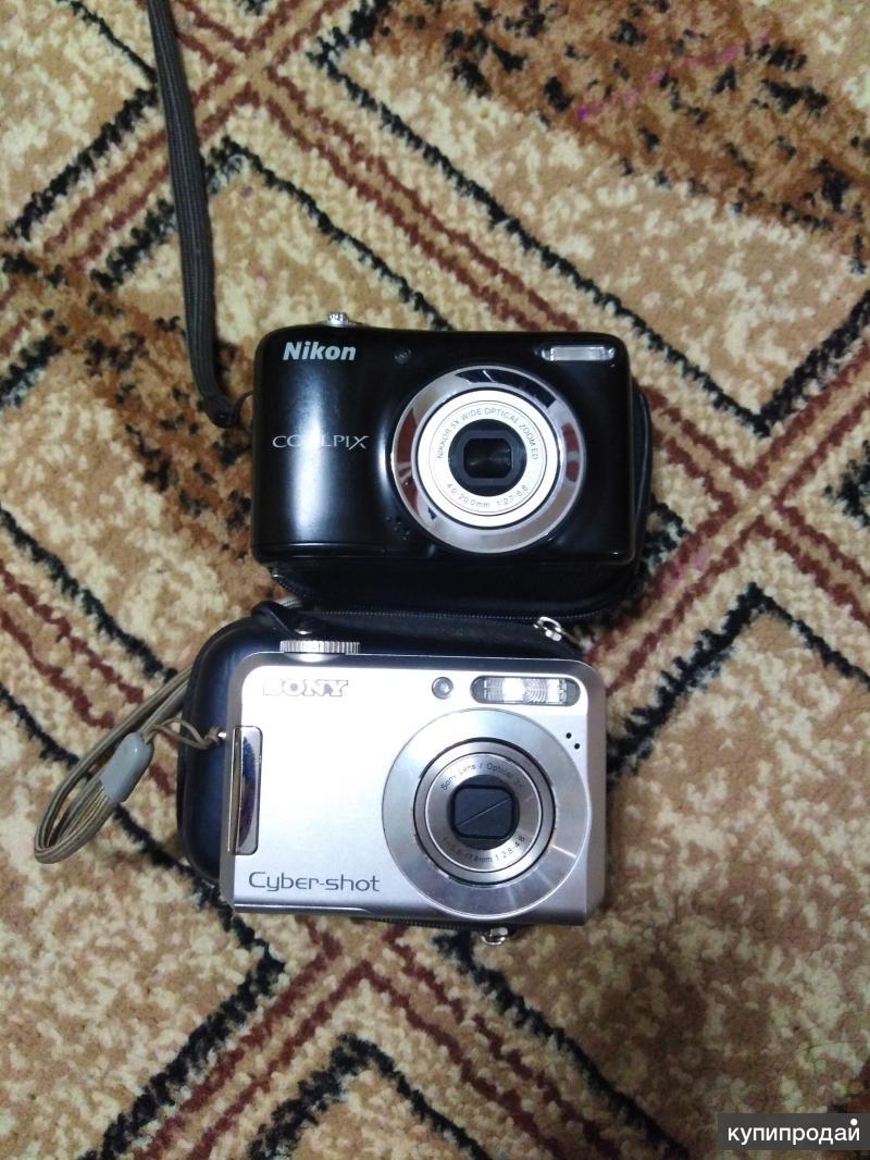 Два фотоаппарата в хорошем состоянии