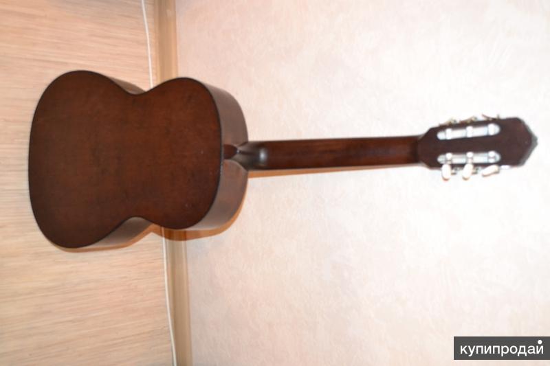 Классическая гитара из Чехии. Cremona 4671