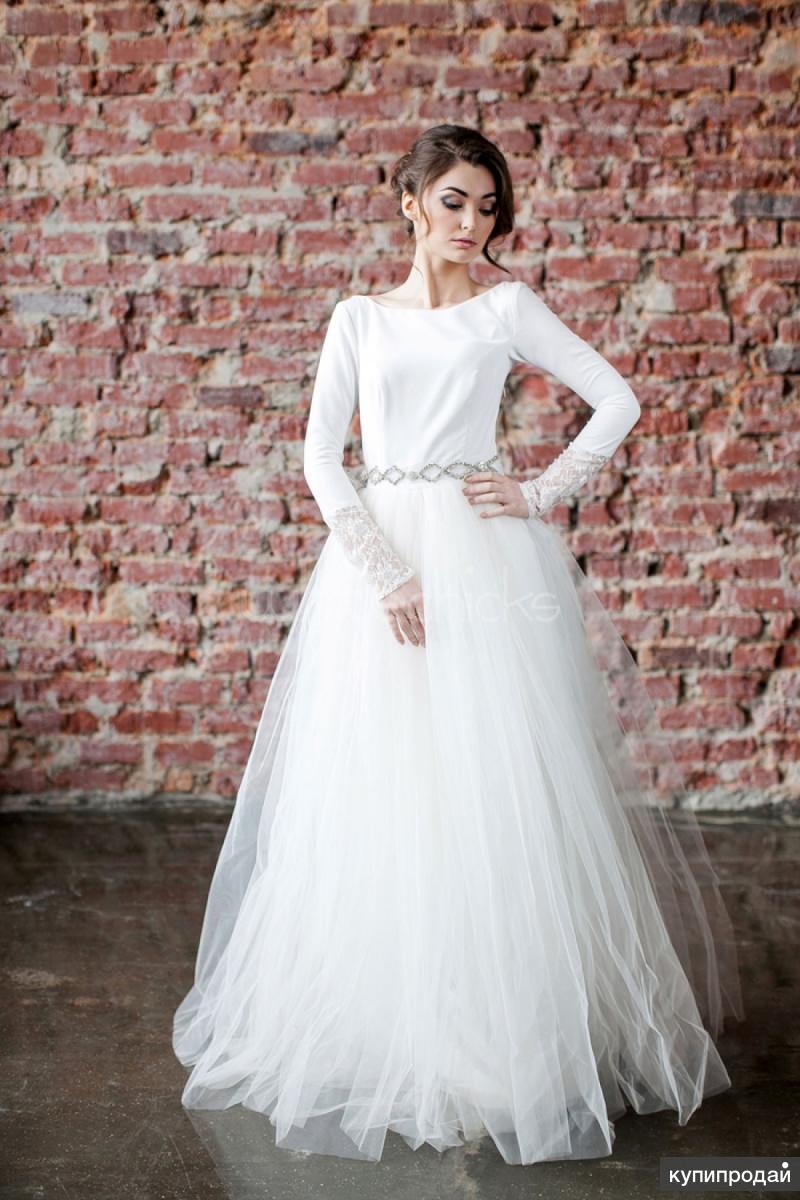 Свадебные платья, комплекты нижнего белья