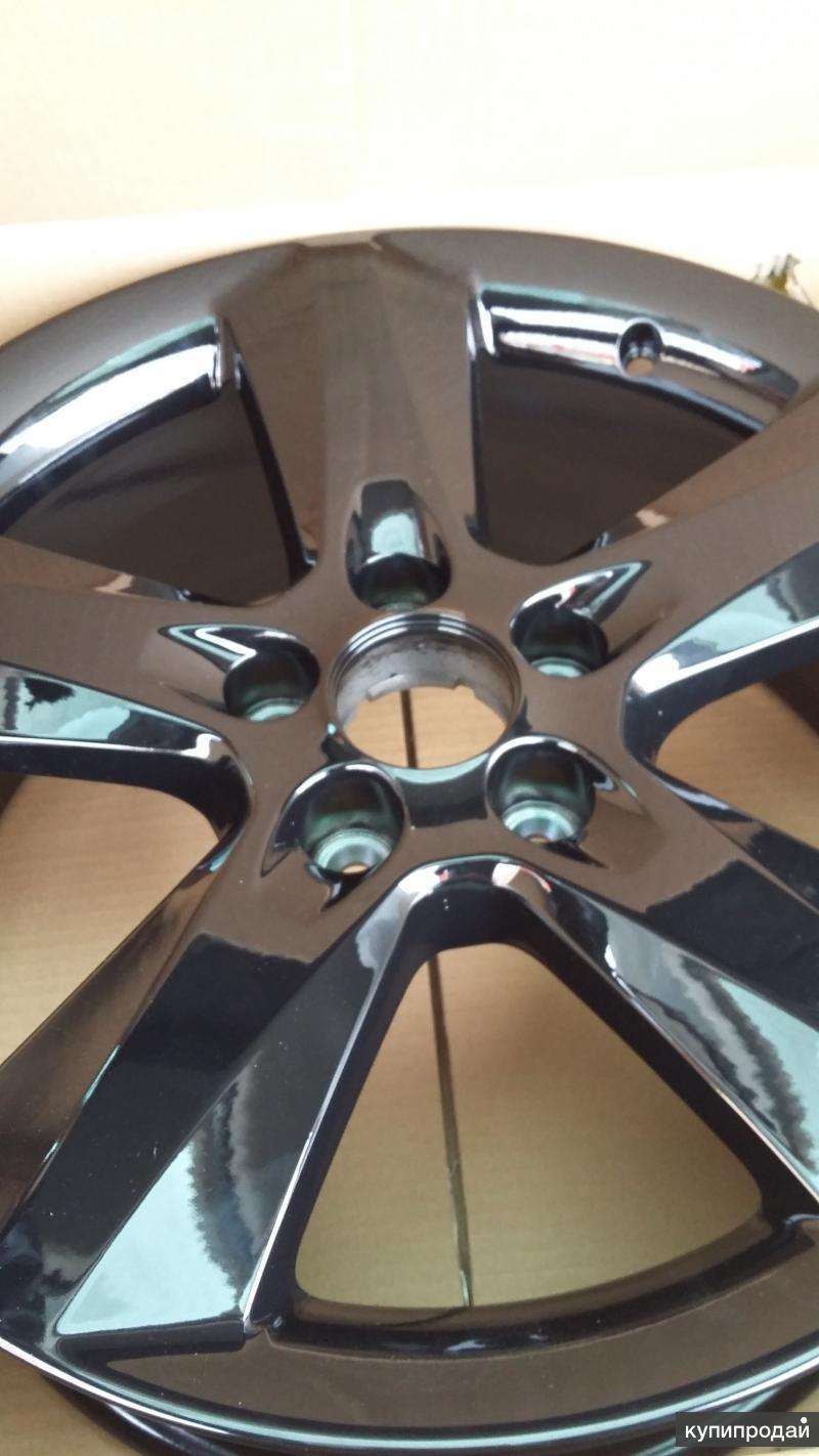 Продам новый литой диск  R 17-18