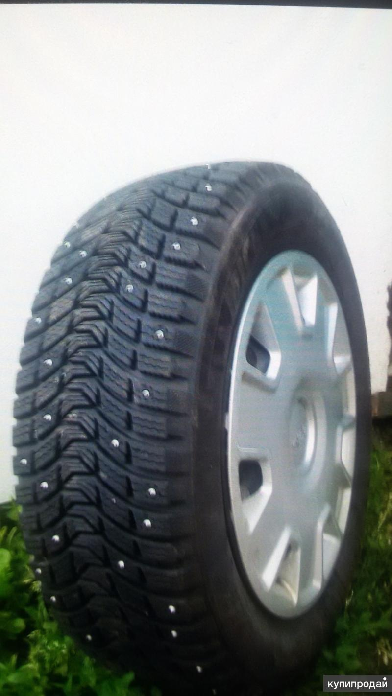 Комплект зимних колес на форд