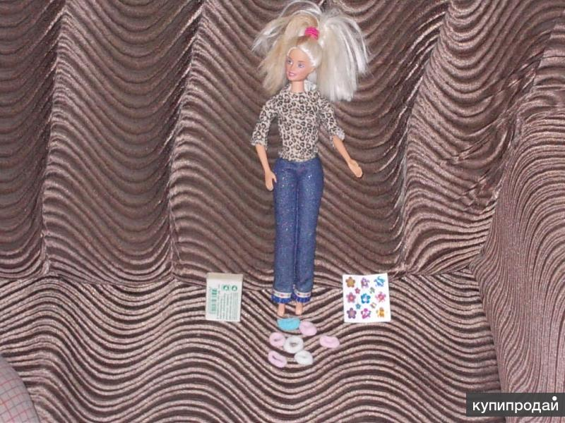Кукла Барби (блёстки и резинки для волос)