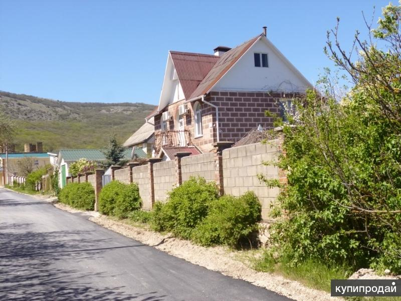 prodazha-domov-v-sevastopole-sela-baydarskoy-dolini