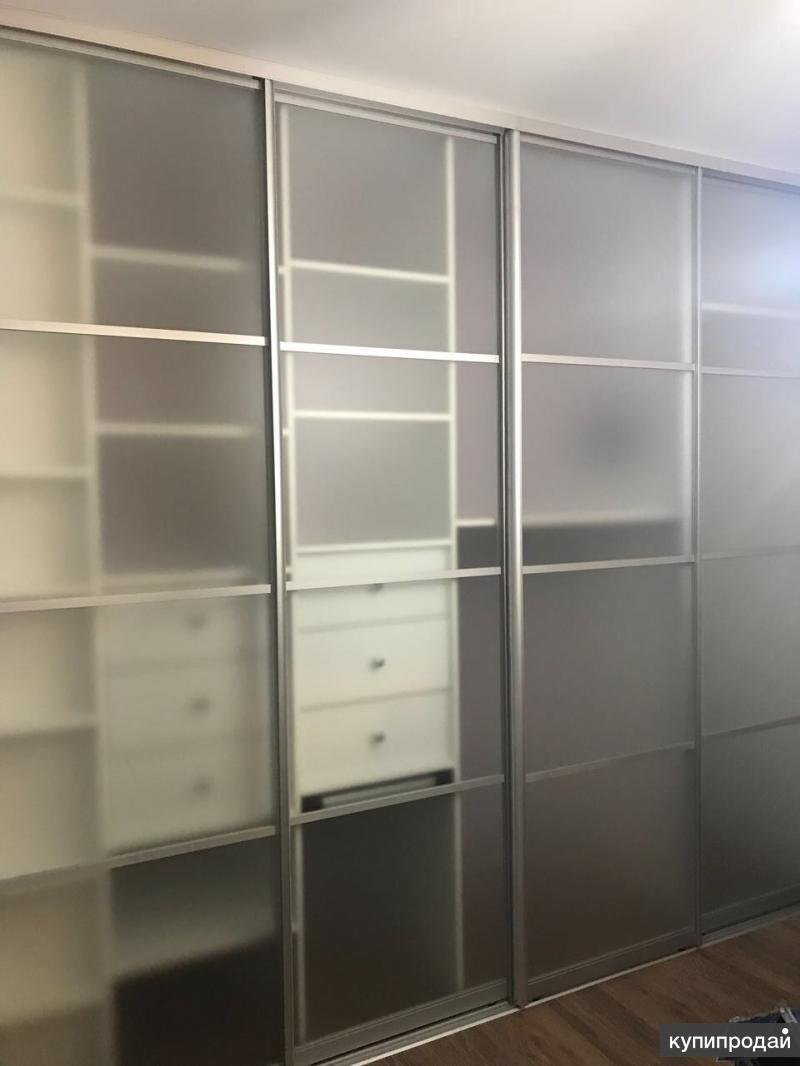 Шкаф-купе прозрачный