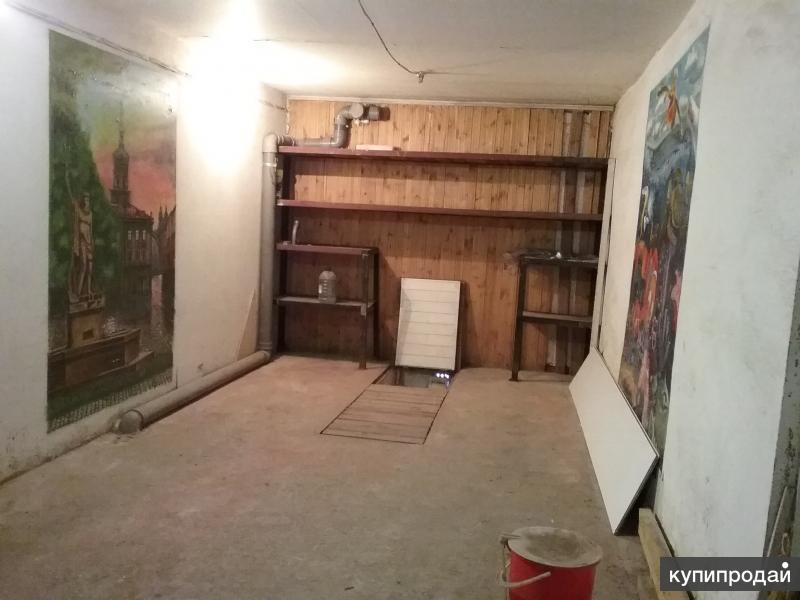 Капитальный гараж с овощной ямой
