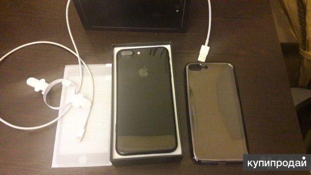 Продам iPhone 7+ На 128г