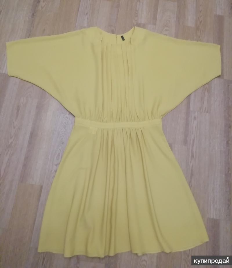 Праздничное платье Benetton