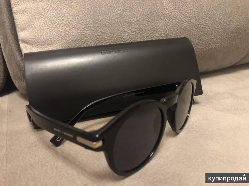 Солнечные очки - Marc Jacobs