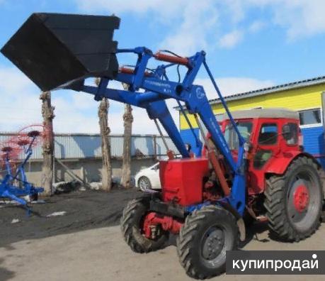 На трактора МТЗ - Т40 - ЮМЗ - ЛТЗ навесной погрузчик.